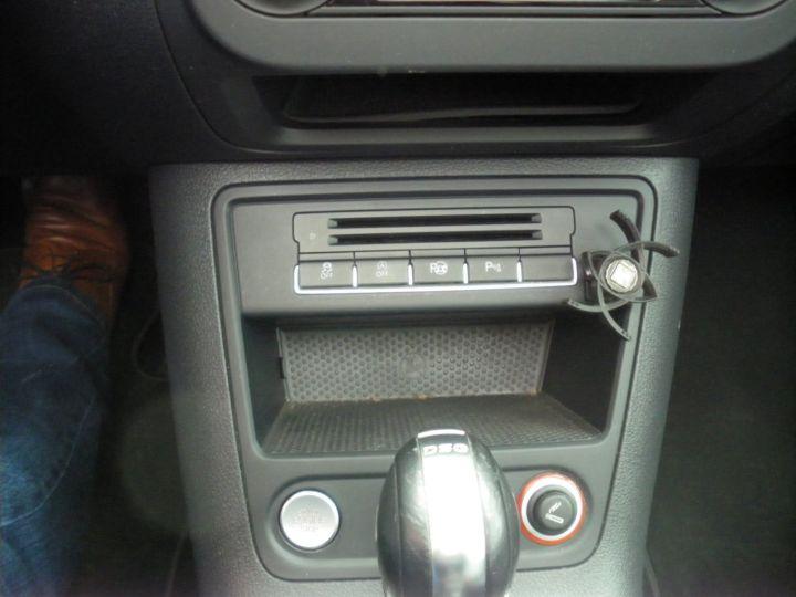 Volkswagen Tiguan 2 LITRES TDI 140 CV CARAT 4 MOTION DSG gris - 12