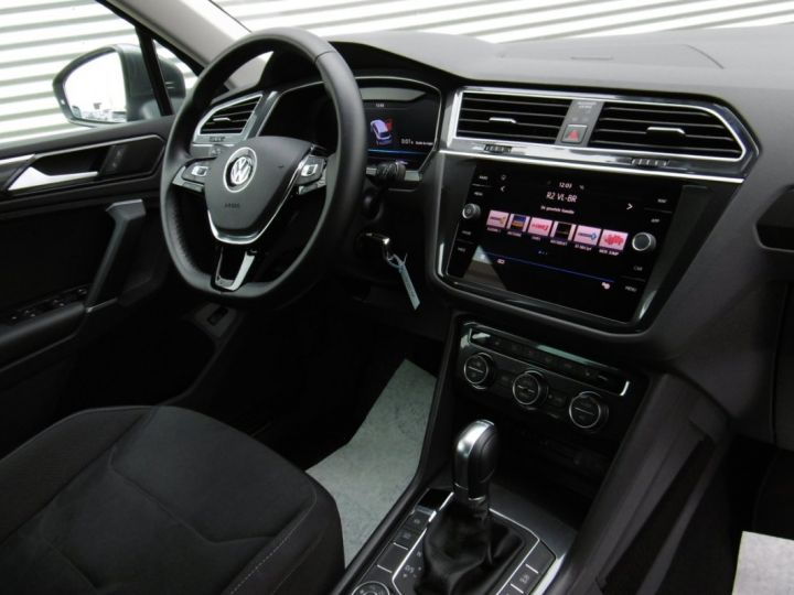 Volkswagen Tiguan HIGHLINE TDI 4X4 GRIS INDIUM - 5