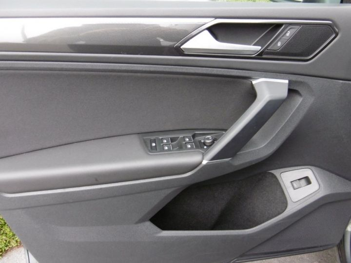 Volkswagen Tiguan HIGHLINE TDI 4X4 GRIS INDIUM - 6