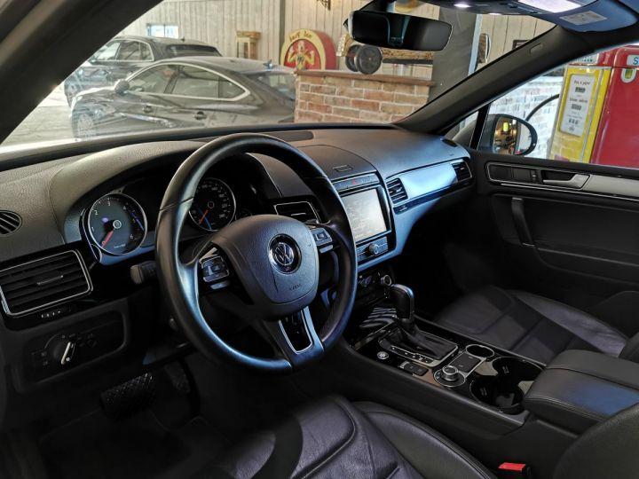Volkswagen Touareg 3.0 TDI 262 CV R-LINE TIPTRONIC Gris - 5