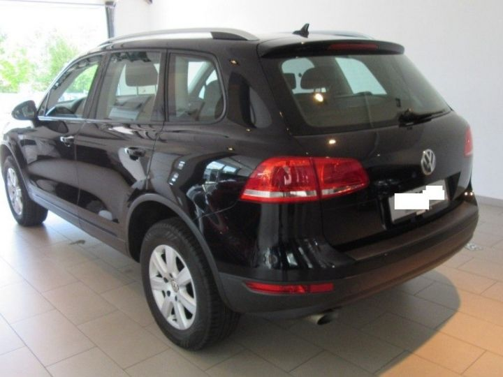 Volkswagen Touareg 3.0 V6 TDI 245 (12/2013) noir métallisé effet perle - 2