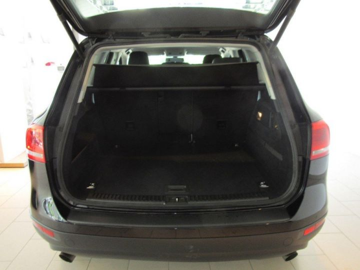 Volkswagen Touareg 3.0 V6 TDI 245 (12/2013) noir métallisé effet perle - 3