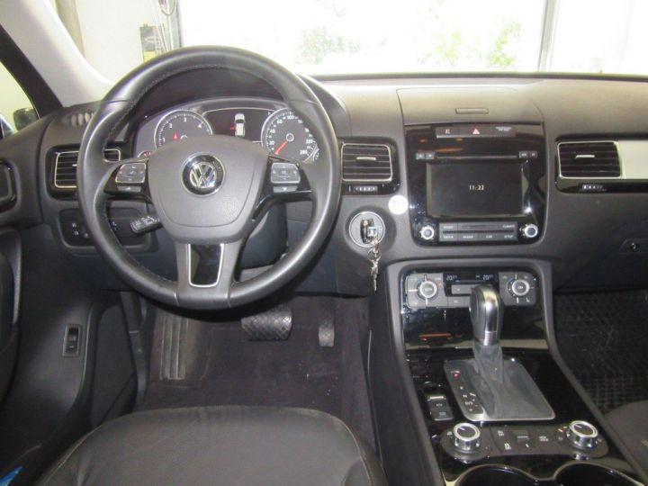 Volkswagen Touareg 3.0 V6 TDI 245 (12/2013) noir métallisé effet perle - 4