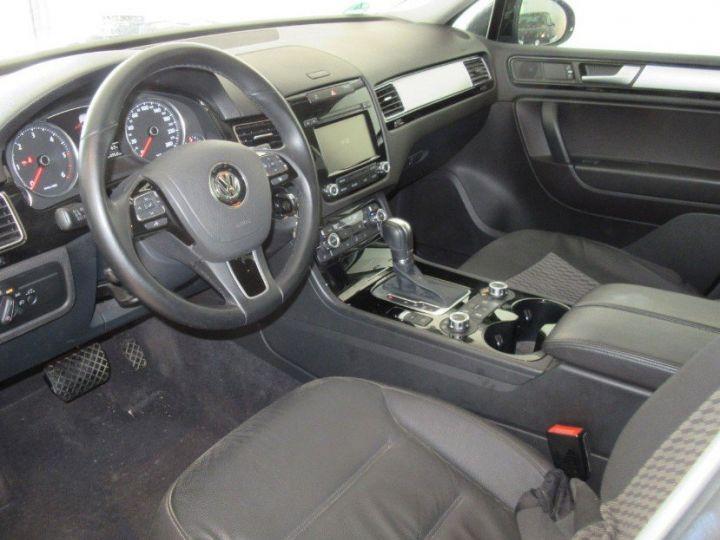 Volkswagen Touareg 3.0 V6 TDI 245 (12/2013) noir métallisé effet perle - 6