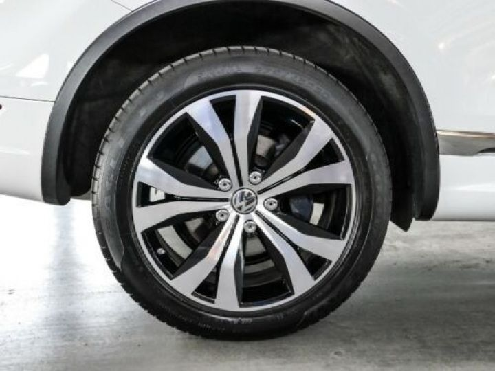 Volkswagen Touareg 3.0 V6 TDI 245CH BLUEMOTION EDITION R LINE 4MOTION TIPTRONIC BLANC Occasion - 3