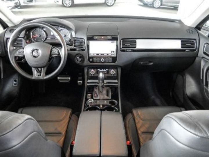 Volkswagen Touareg 3.0 V6 TDI 245CH BLUEMOTION EDITION R LINE 4MOTION TIPTRONIC BLANC Occasion - 4