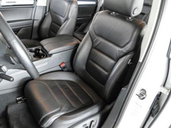 Volkswagen Touareg 3.0 V6 TDI 245CH BLUEMOTION EDITION R LINE 4MOTION TIPTRONIC BLANC Occasion - 6