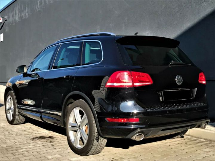 Volkswagen Touareg 3.0 V6 TDI 245CH BLUEMOTION FAP R EXCLUSIVE 4MOTION TIPTRONIC NOIR Occasion - 3