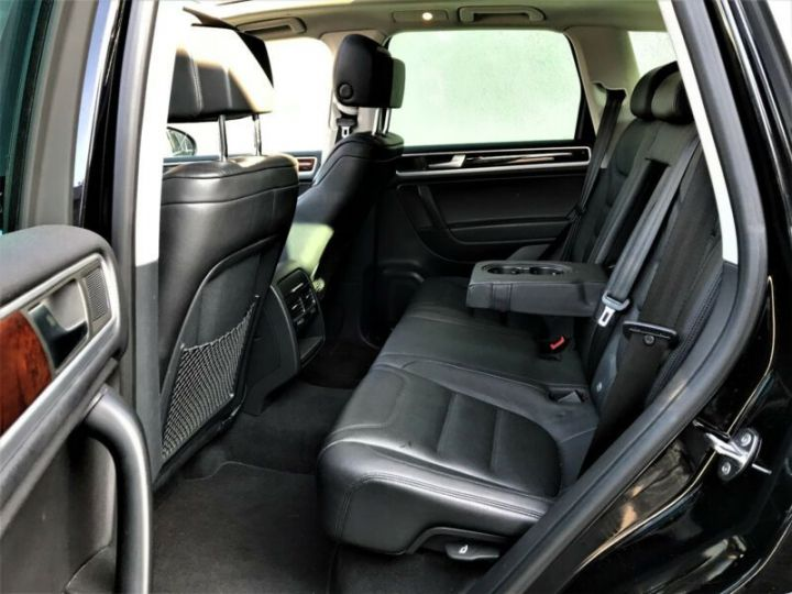 Volkswagen Touareg 3.0 V6 TDI 245CH BLUEMOTION FAP R EXCLUSIVE 4MOTION TIPTRONIC NOIR Occasion - 15