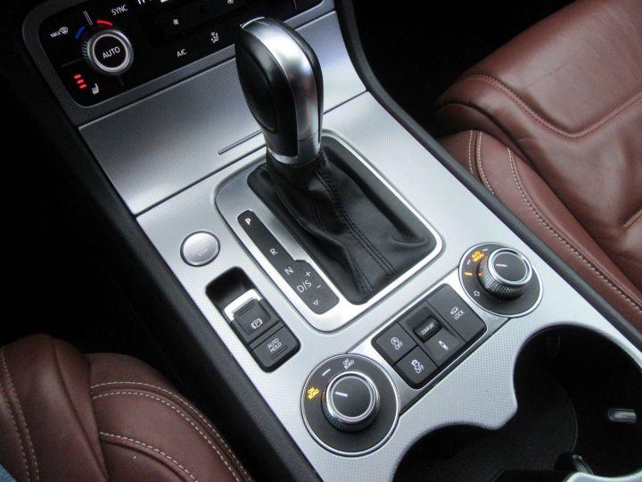Volkswagen Touareg 3.0 V6 TDI 262CH BLUEMOTION TECHNOLOGY CARAT 4MOTION TIPTRONIC Noir - 14