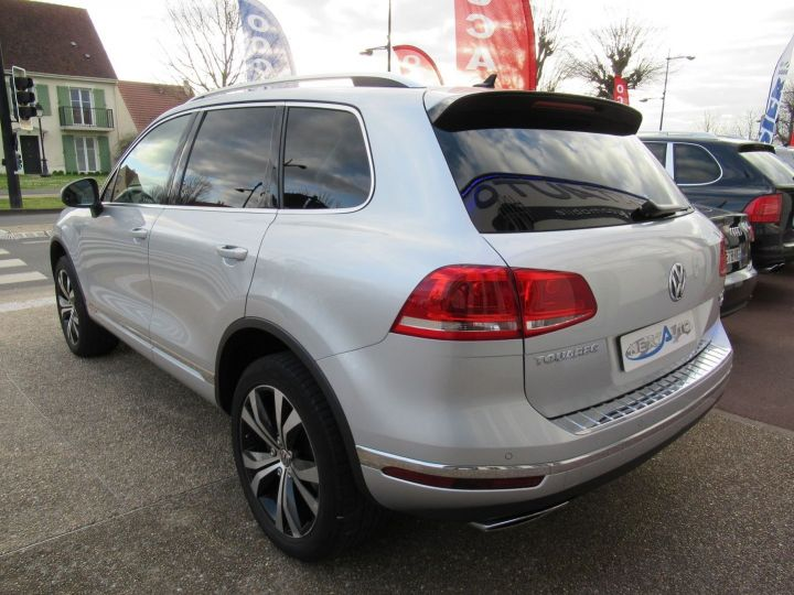 Volkswagen Touareg 3.0 V6 TDI 262CH BLUEMOTION TECHNOLOGY CARAT 4MOTION TIPTRONIC Gris Clair - 3
