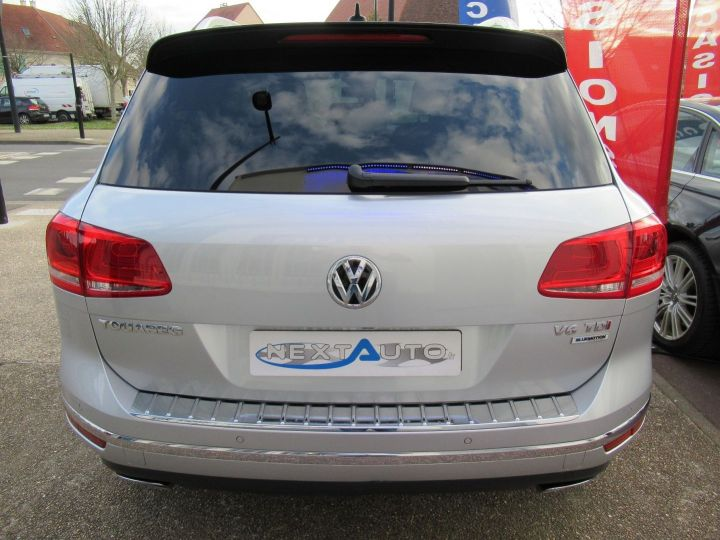 Volkswagen Touareg 3.0 V6 TDI 262CH BLUEMOTION TECHNOLOGY CARAT 4MOTION TIPTRONIC Gris Clair - 7