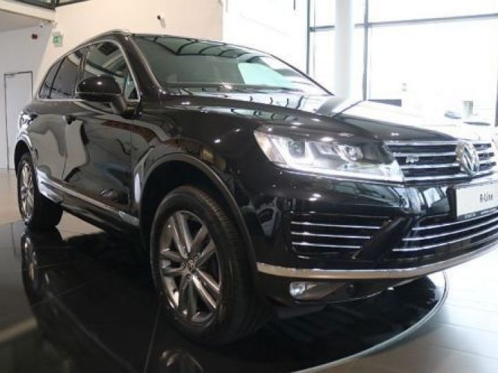 Volkswagen Touareg 3.0 V6 TDI 262CH BLUEMOTION TECHNOLOGY CARAT 4XMOTION TIPTRONIC NOIR Occasion - 2