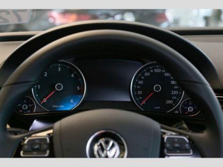 Volkswagen Touareg 3.0 V6 TDI 262CH BLUEMOTION TECHNOLOGY CARAT 4XMOTION TIPTRONIC GRIS Occasion - 10