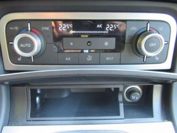 Volkswagen Touareg 3.0 V6 TDI 262CH BLUEMOTION TECHNOLOGY CARAT EDITION 4MOTION TIPTRONIC BLEU Occasion - 9