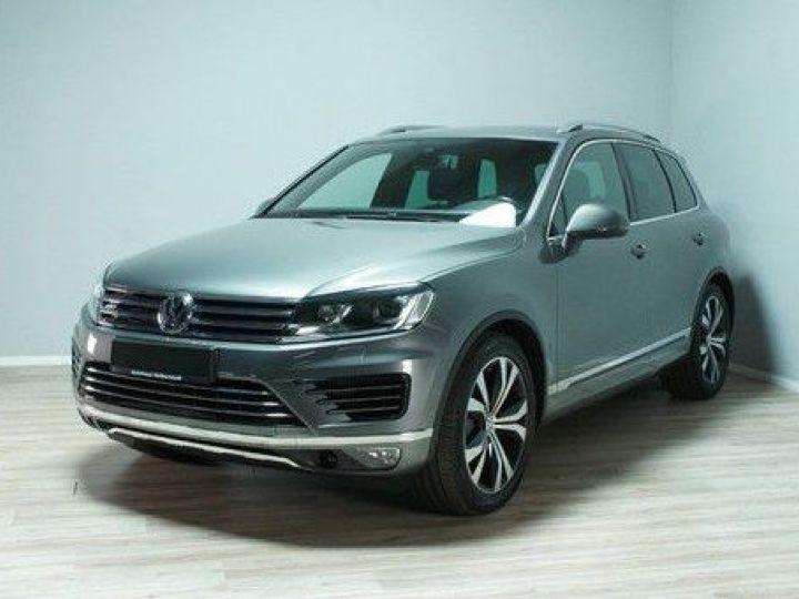 Volkswagen Touareg 3.0 V6 TDI 262CH BLUEMOTION TECHNOLOGY CARAT EDITION 4XMOTION TIPTRONIC GRIS Occasion - 1