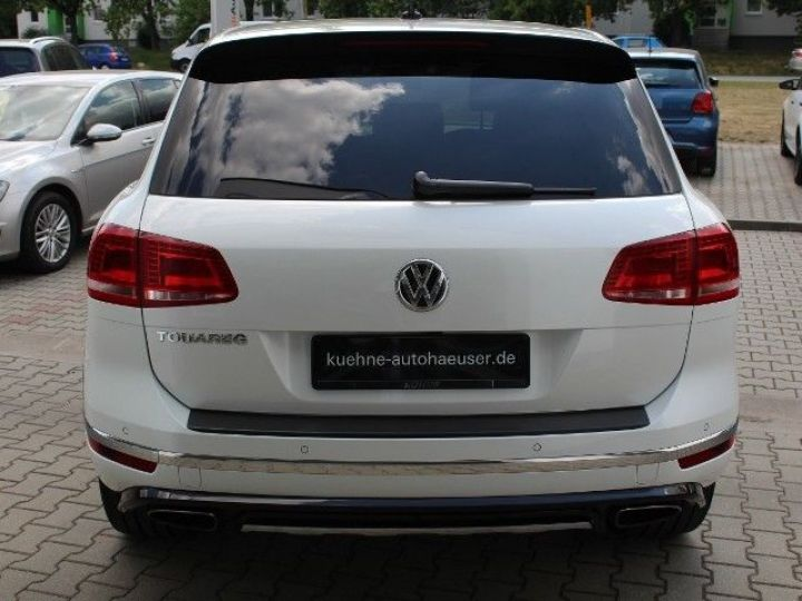 Volkswagen Touareg 3.0 V6 TDI 262CH BLUEMOTION TECHNOLOGY CARAT EDITION 4XMOTION TIPTRONIC BLANC Occasion - 3