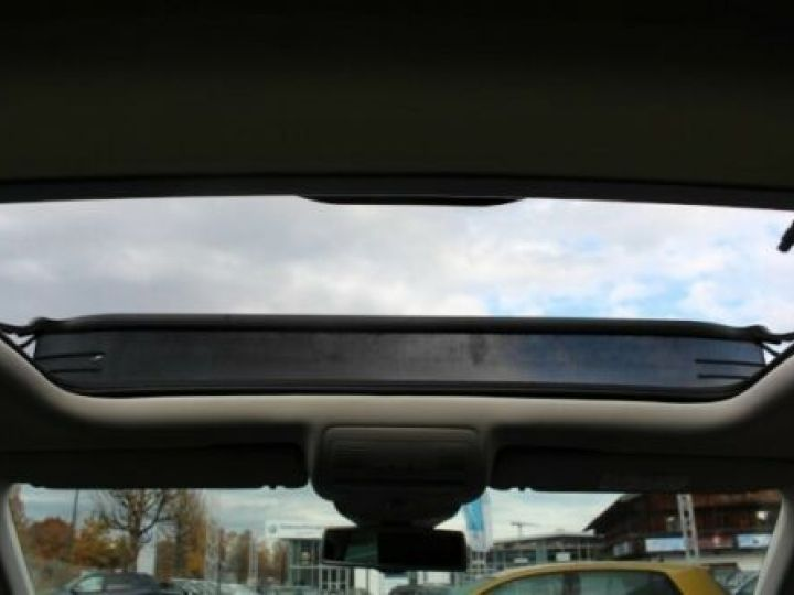 Volkswagen Touareg 3.0 V6 TDI 262CH BLUEMOTION TECHNOLOGY CARAT EDITION 4XMOTION TIPTRONIC BLANC Occasion - 13