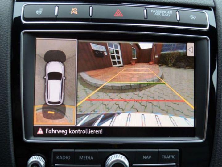 Volkswagen Touareg 3.0 V6 TDI 262CH BLUEMOTION TECHNOLOGY CARAT EDITION 4XMOTION TIPTRONIC BLANC Occasion - 6