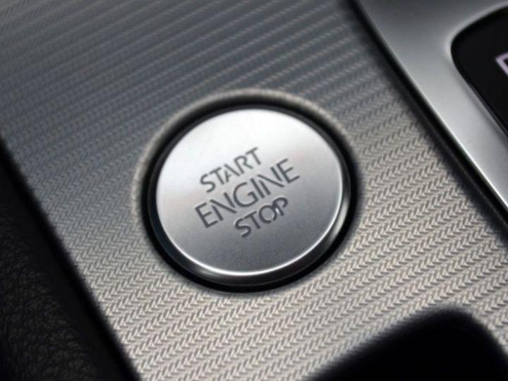 Volkswagen Touareg 3.0 V6 TDI 262CH BLUEMOTION TECHNOLOGY CARAT EDITION 4XMOTION TIPTRONIC BLANC Occasion - 16