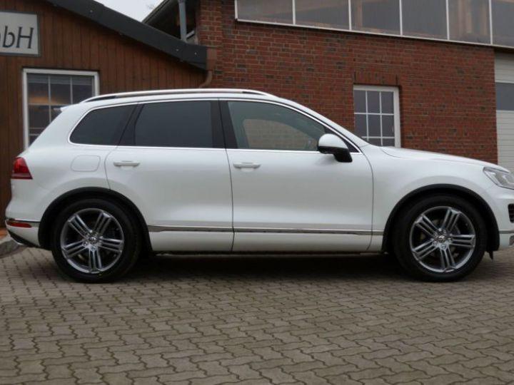 Volkswagen Touareg 3.0 V6 TDI 262CH BLUEMOTION TECHNOLOGY CARAT EDITION 4XMOTION TIPTRONIC BLANC Occasion - 20