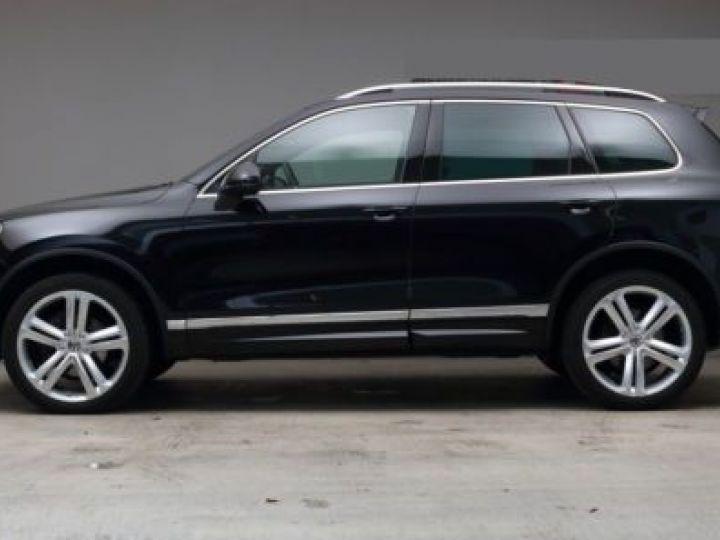 Volkswagen Touareg 3.0 V6 TDI 262CH BLUEMOTION TECHNOLOGY CARAT EXCLUSIVE 4XMOTION TIPTRONIC NOIR Occasion - 2