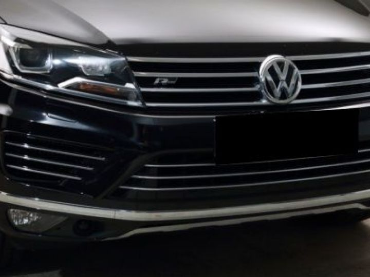 Volkswagen Touareg 3.0 V6 TDI 262CH BLUEMOTION TECHNOLOGY CARAT EXCLUSIVE 4XMOTION TIPTRONIC NOIR Occasion - 4