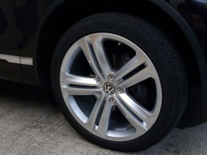Volkswagen Touareg 3.0 V6 TDI 262CH BLUEMOTION TECHNOLOGY CARAT EXCLUSIVE 4XMOTION TIPTRONIC NOIR Occasion - 5