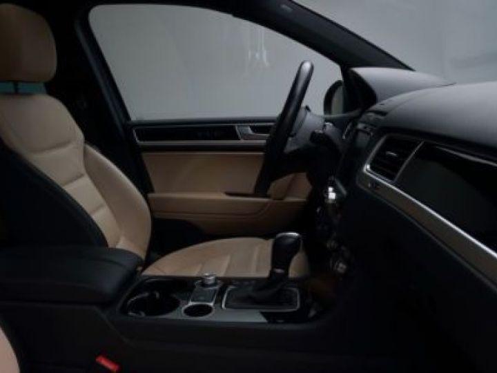 Volkswagen Touareg 3.0 V6 TDI 262CH BLUEMOTION TECHNOLOGY CARAT EXCLUSIVE 4XMOTION TIPTRONIC NOIR Occasion - 9