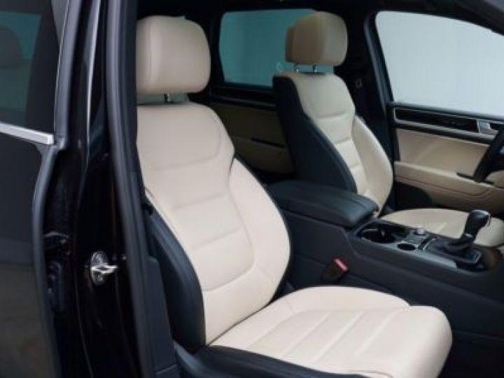 Volkswagen Touareg 3.0 V6 TDI 262CH BLUEMOTION TECHNOLOGY CARAT EXCLUSIVE 4XMOTION TIPTRONIC NOIR Occasion - 10