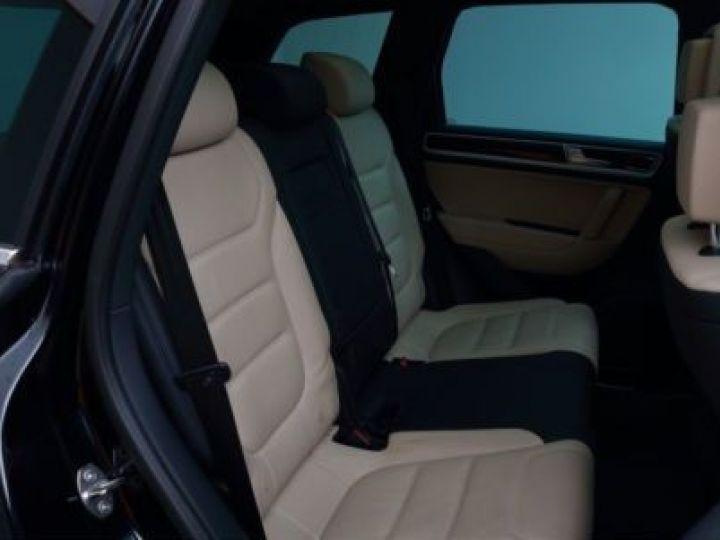 Volkswagen Touareg 3.0 V6 TDI 262CH BLUEMOTION TECHNOLOGY CARAT EXCLUSIVE 4XMOTION TIPTRONIC NOIR Occasion - 11
