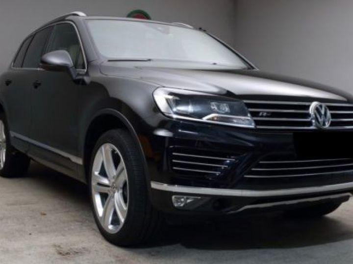 Volkswagen Touareg 3.0 V6 TDI 262CH BLUEMOTION TECHNOLOGY CARAT EXCLUSIVE 4XMOTION TIPTRONIC NOIR Occasion - 12