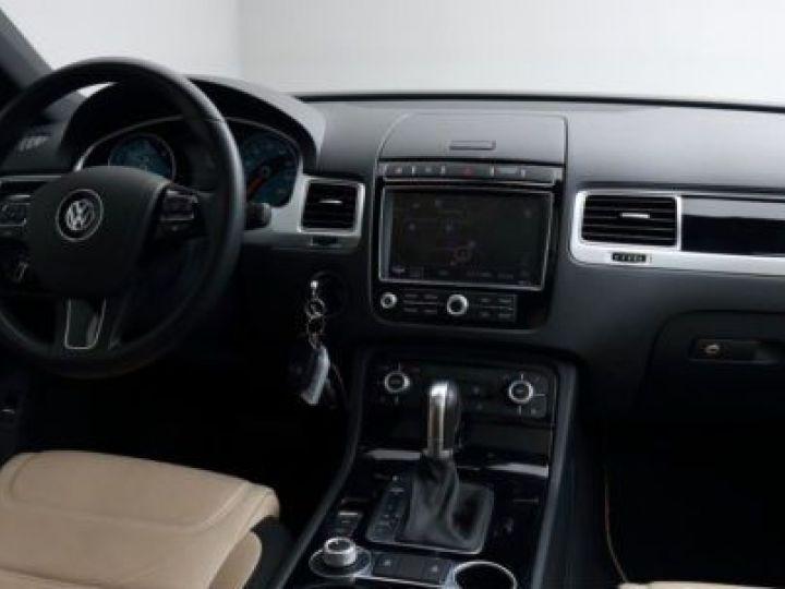 Volkswagen Touareg 3.0 V6 TDI 262CH BLUEMOTION TECHNOLOGY CARAT EXCLUSIVE 4XMOTION TIPTRONIC NOIR Occasion - 14