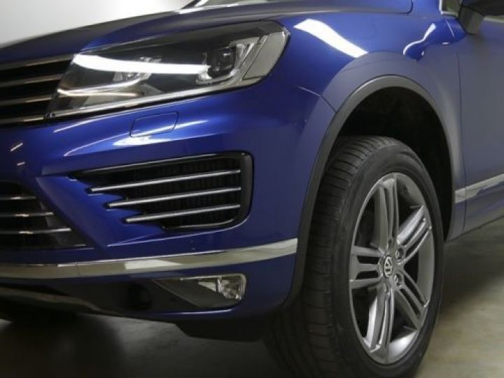 Volkswagen Touareg 3.0 V6 TDI 262CH BLUEMOTION TECHNOLOGY R-LINE 4MOTION TIPTRONIC BLEU Occasion - 5