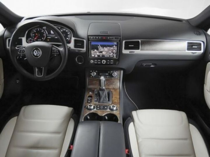Volkswagen Touareg 3.0 V6 TDI 262CH BLUEMOTION TECHNOLOGY R-LINE 4MOTION TIPTRONIC BLEU Occasion - 7