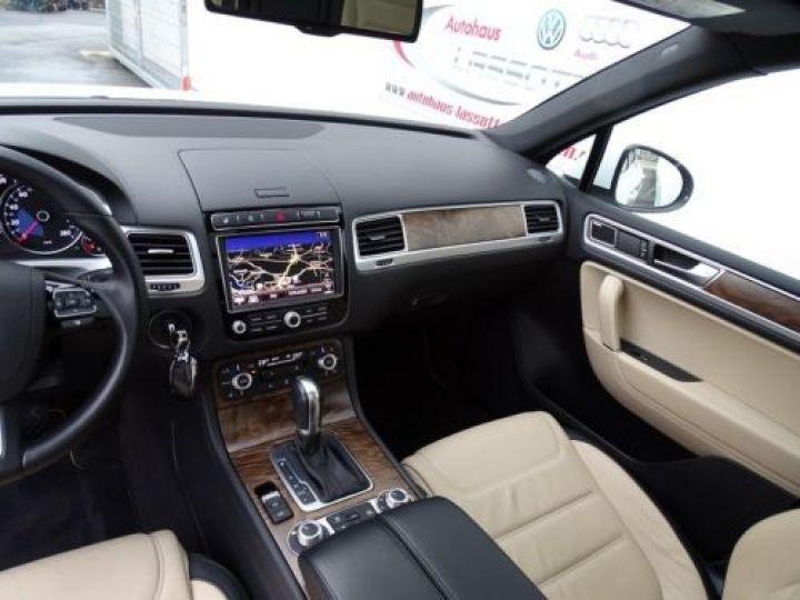 Volkswagen Touareg 3.0 V6 TDI EXCLUSIVE / DYNAUDIO BLANC Occasion - 11
