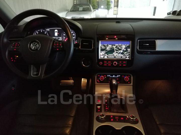 Volkswagen Touareg II 3.0 V6 TDI 245 FAP BLUEMOTION TECHNOLOGY R-LINE EDITION TIPTRONIC noir metal - 5