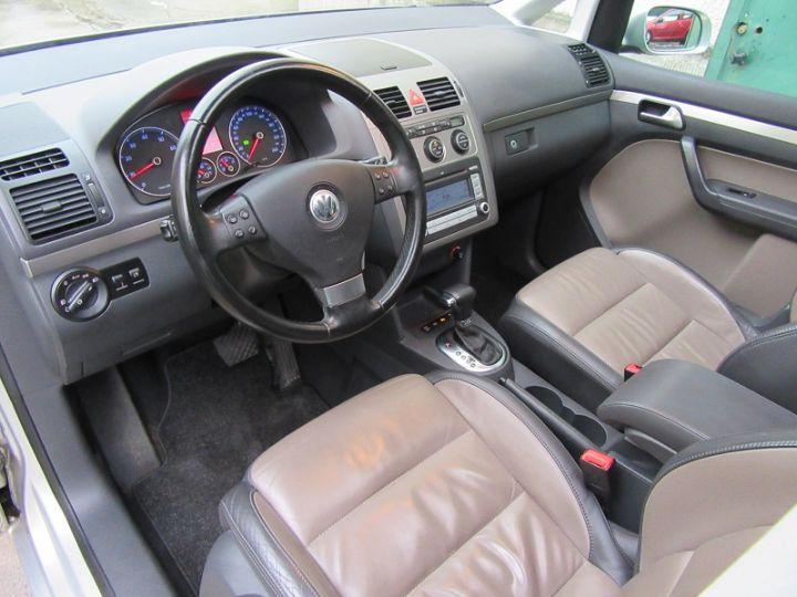 Volkswagen Touran 1.4 TSI 170CH SPORTLINE DSG6 GRIS CLAIR Occasion - 2
