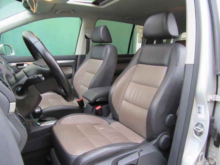 Volkswagen Touran 1.4 TSI 170CH SPORTLINE DSG6 GRIS CLAIR Occasion - 4