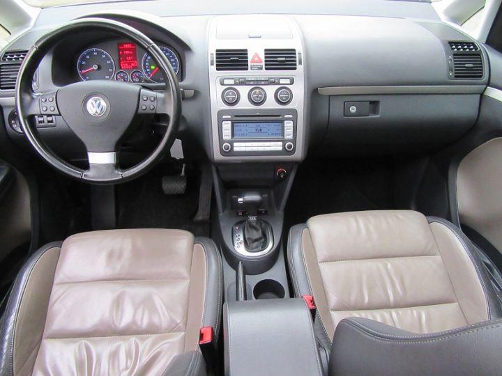Volkswagen Touran 1.4 TSI 170CH SPORTLINE DSG6 GRIS CLAIR Occasion - 8
