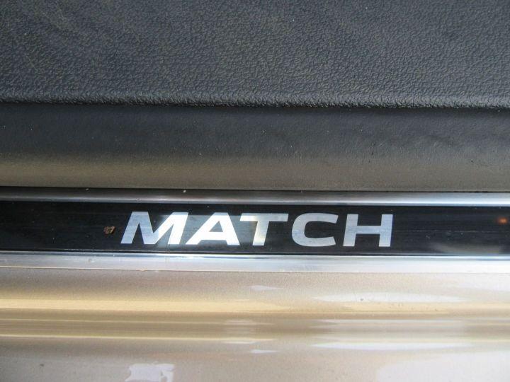 Volkswagen Touran 1.6 TDI 105CH BLUEMOTION FAP MATCH DSG7 Gris Sable - 19