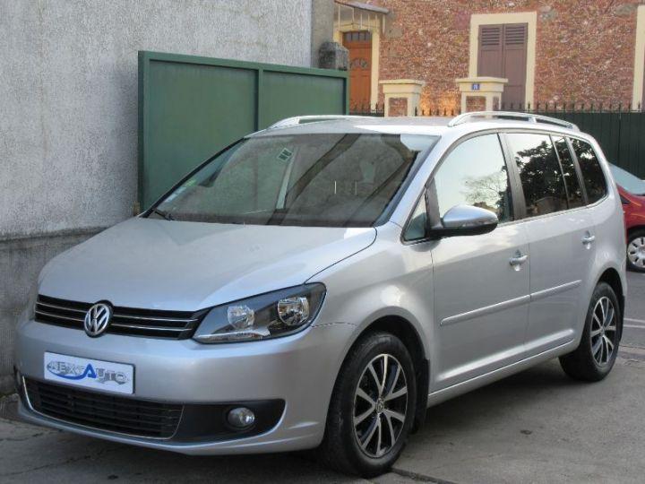 Volkswagen Touran 1.6 TDI 105CH BLUEMOTION TECHNOLOGY FAP CONFORTLINE BUSINESS GRIS CLAIR Occasion - 1