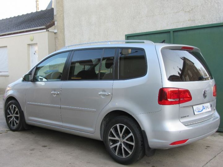 Volkswagen Touran 1.6 TDI 105CH BLUEMOTION TECHNOLOGY FAP CONFORTLINE BUSINESS GRIS CLAIR Occasion - 3
