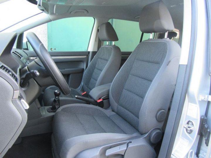 Volkswagen Touran 1.6 TDI 105CH BLUEMOTION TECHNOLOGY FAP CONFORTLINE BUSINESS GRIS CLAIR Occasion - 4