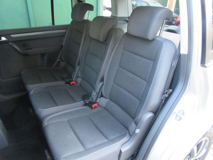 Volkswagen Touran 1.6 TDI 105CH BLUEMOTION TECHNOLOGY FAP CONFORTLINE BUSINESS GRIS CLAIR Occasion - 10