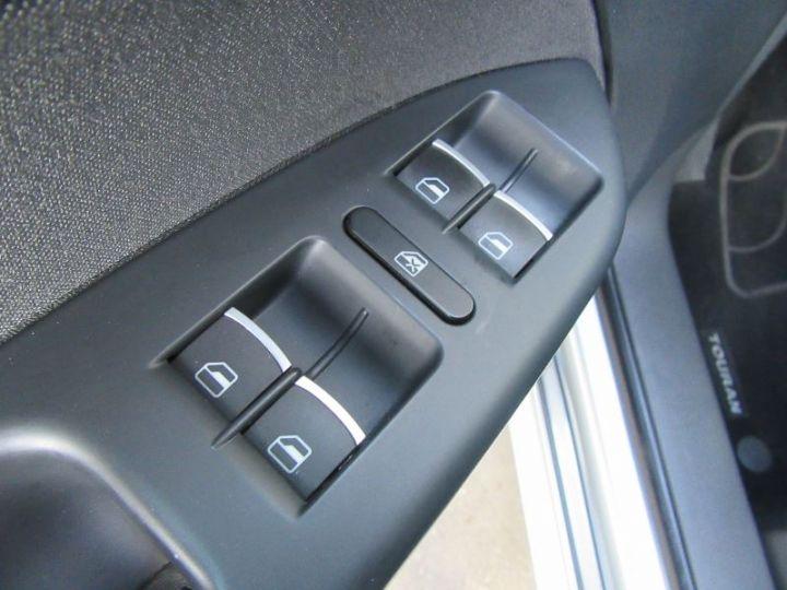 Volkswagen Touran 1.6 TDI 105CH BLUEMOTION TECHNOLOGY FAP CONFORTLINE BUSINESS GRIS CLAIR Occasion - 13