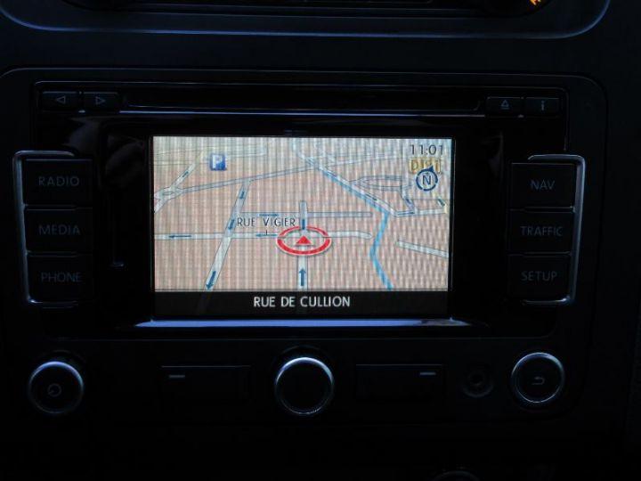 Volkswagen Touran 1.6 TDI 105CH BLUEMOTION TECHNOLOGY FAP CONFORTLINE BUSINESS GRIS CLAIR Occasion - 17