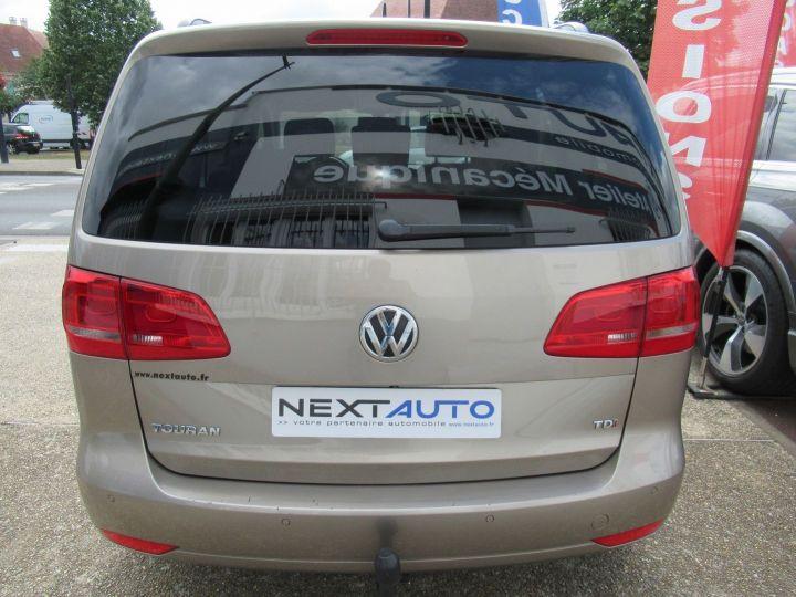 Volkswagen Touran 1.6 TDI 105CH FAP CONFORTLINE Beige Metallise - 7
