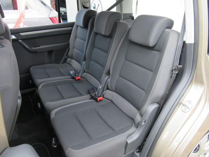 Volkswagen Touran 1.6 TDI 105CH FAP CONFORTLINE Beige Metallise - 11