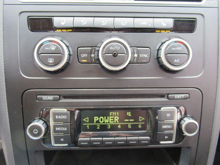 Volkswagen Touran 1.6 TDI 105CH FAP CONFORTLINE Beige Metallise - 18